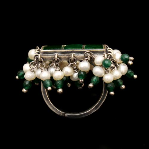 OXIDIZED SILVER KUNDAN CHAND WITH PEARLS AND GREEN HYDRO RINGS