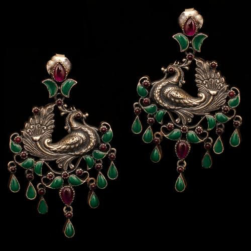 OXIDIZED SILVER RED CORUMDUM AND GREEN HYDRO DROPS EARRINGS