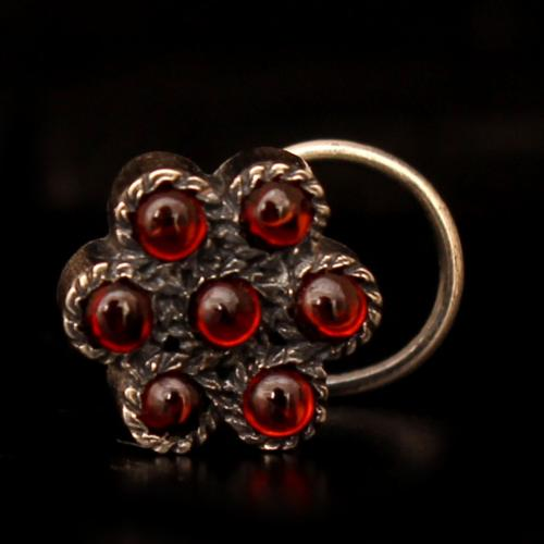 OXIDIZED SILVER FLORAL NOSE PIN WITH GARNET STONE