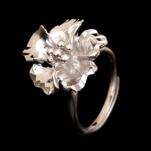 STERLING SILVER FLORAL RING