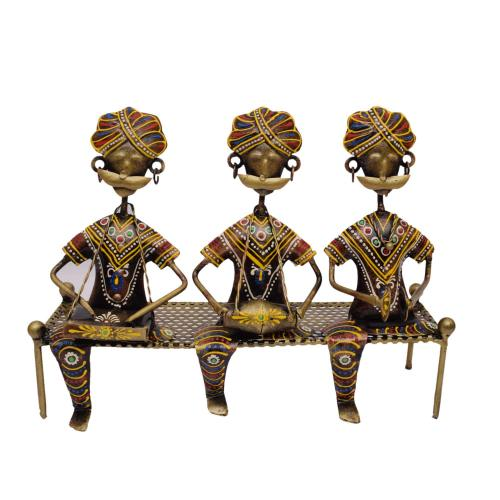 DECORATIVE HANDICRAFTS PAINTED LADY 3 MUSICIAN SITTING ON DIWAN