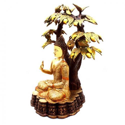 BUDDHA TREE SITTING
