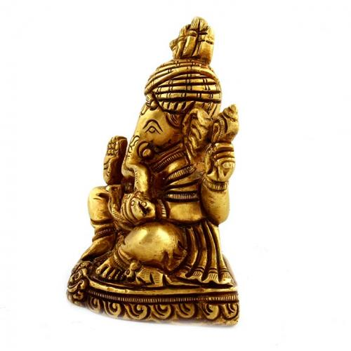 PAGARI GANESHA SITTING WITH BASE