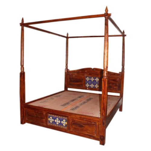 WND FOUR SEATER BED